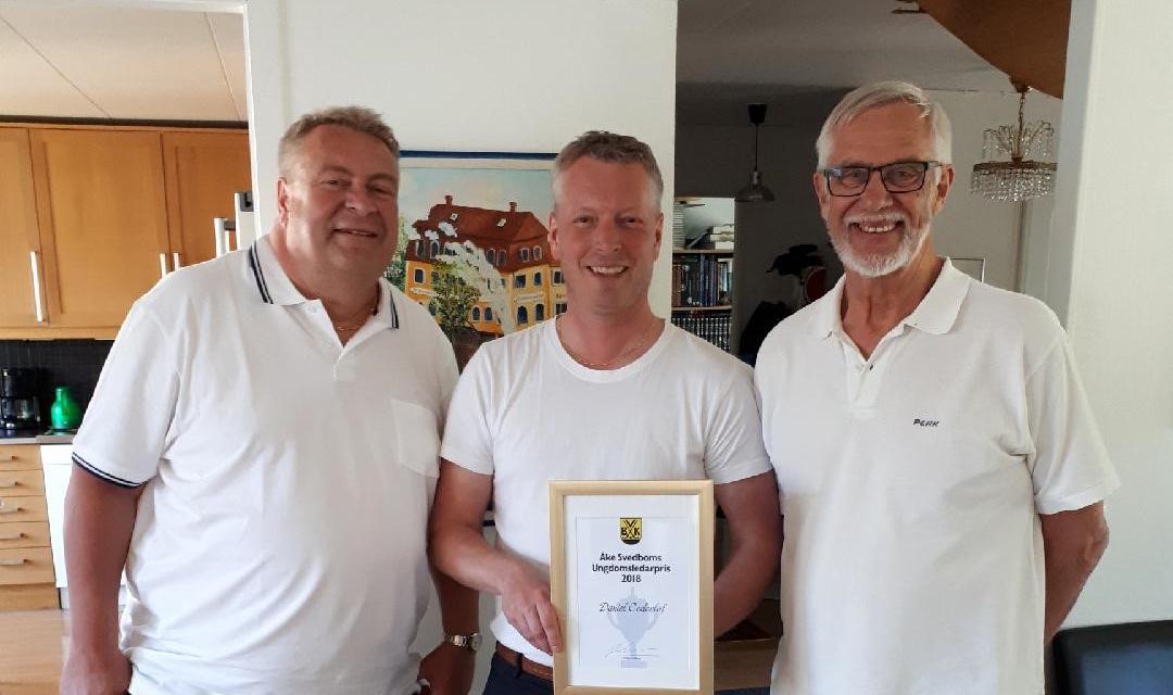 Daniel Cederlöf tilldelades Åke Svedboms Ungdomsledarpris